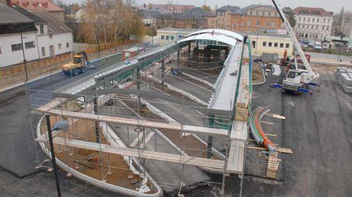 Oschatzer-Busbahnhof-bekommt-Dach_pdaArticleWide
